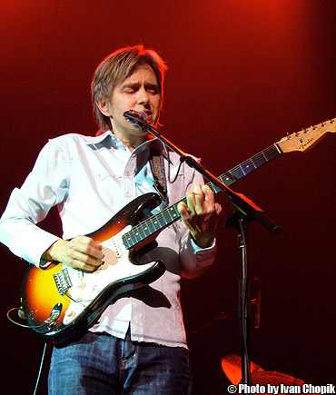 Eric Johnson - by Ivan Chopik