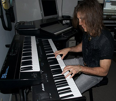 George Bellas - Keyboards