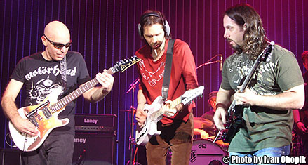 Joe jammin' with Paul Gilbert and John Petrucci at G3 2007